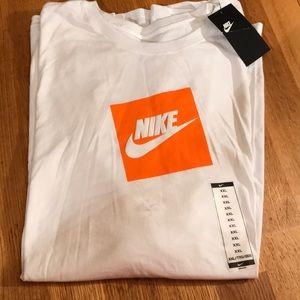 Men's Nike Long Sleeve tee